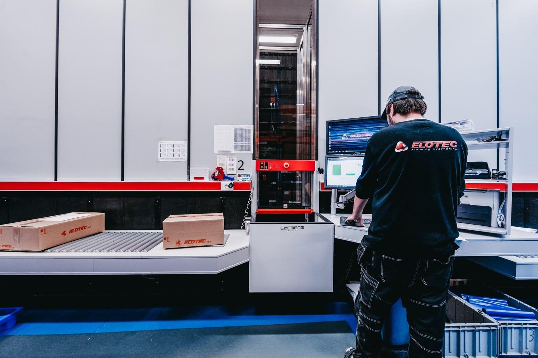 Element Logic a remplacé les ports opérateurs du système AutoStore d'Elotec en 2019